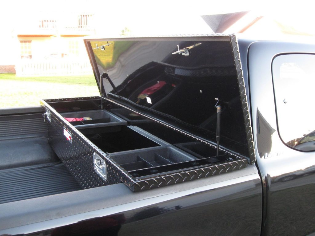 husky tool box for truck