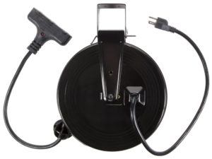 retractable extension cord reel e8140503 bayco sl801 13amp 30foot tripletap retractable reel