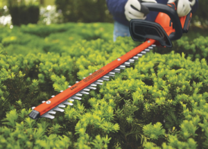 Black Decker 40V hedge trimmer